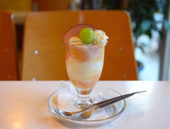 四谷『フルーツパーラーフクナガ』のパフェ|東京カフェ